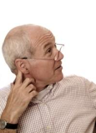 deficiencia auditiva ancianos
